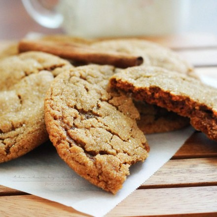 Soft Spiced Molasses Cookies | Soft and perfectly spiced, these cookies will soon become one of your favorite! These cookies are soft and chewy, with that classic dark molasses flavor!