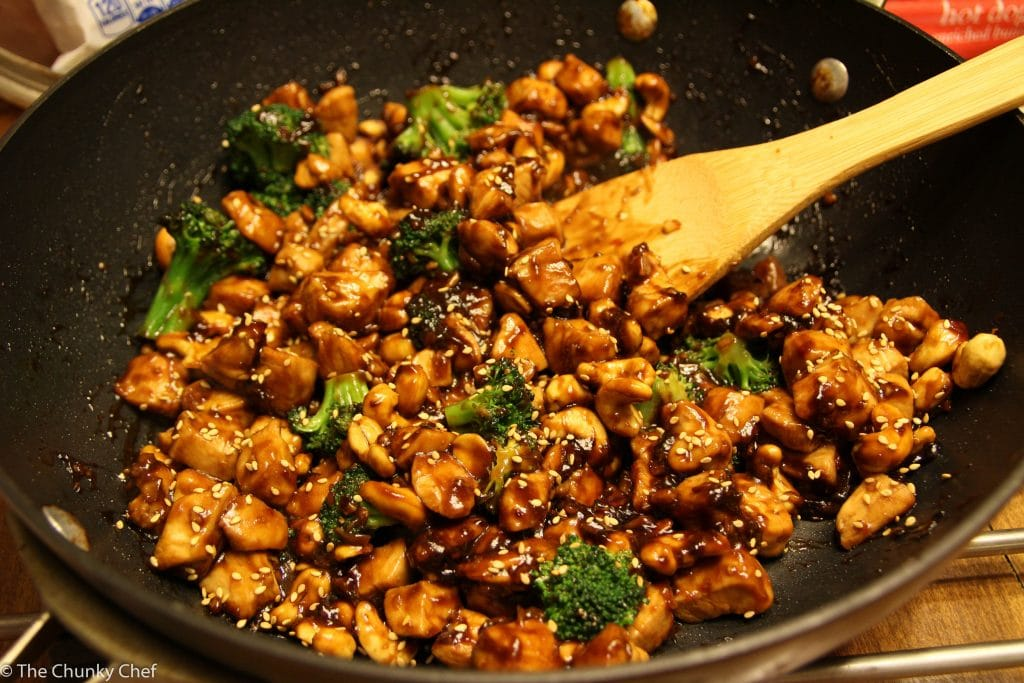 Cashew Chicken - Deliciously savory, saucy and spicy, this cashew chicken is about 100 times better than takeout! You should try it tonight, it's super easy to make!