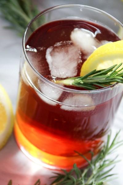 Lemon and Rosemary Sweet Iced Tea