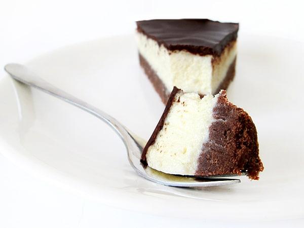No-bake banana coconut cake