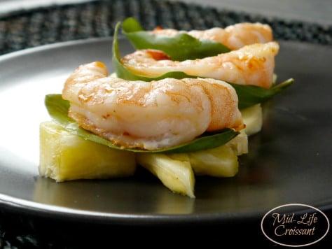pineapple-shrimp-close