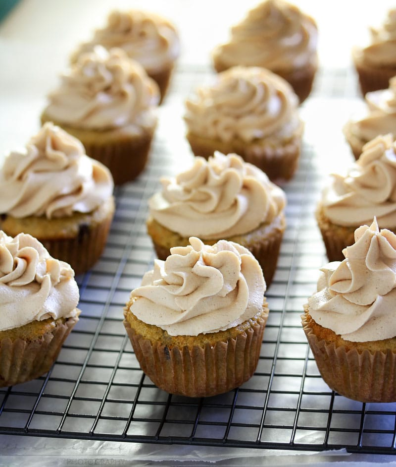 Banana Cupcakes with Peanut Butter Cream Cheese Frosting ...