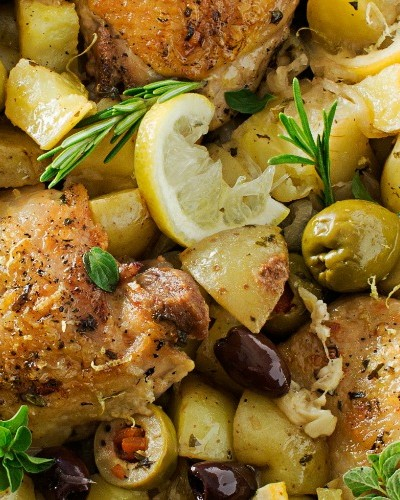 One-Pan Mediterranean Braised Chicken with Olives
