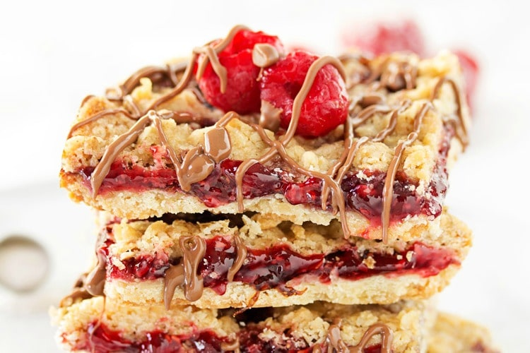 Skinny Raspberry Shortbread Bars