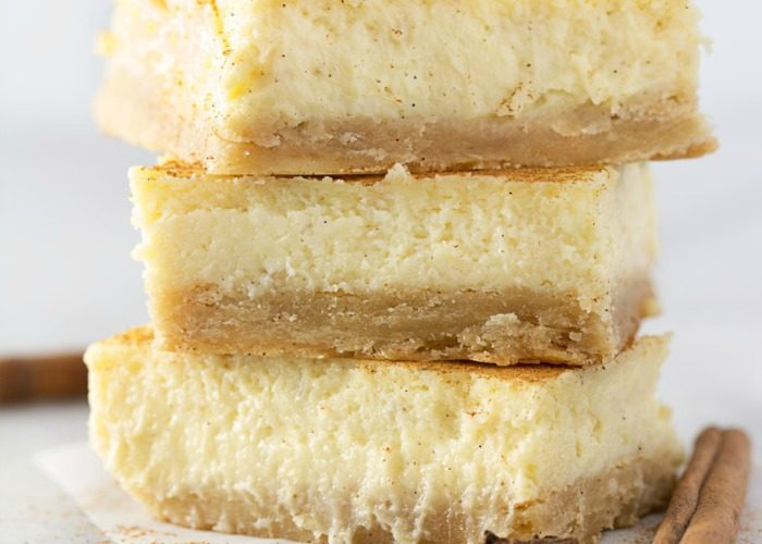 Vanilla Chai Cheesecake Bars
