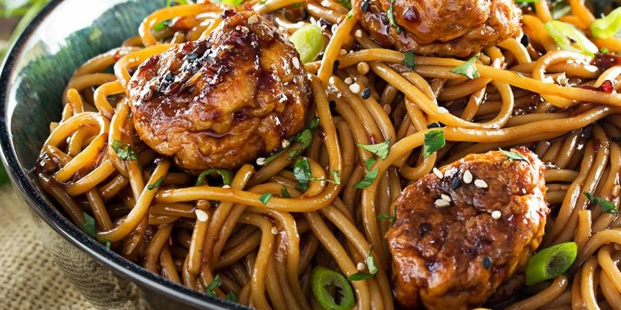 Kung Pao Chicken Spaghetti and MeatballsThe Chunky Chef