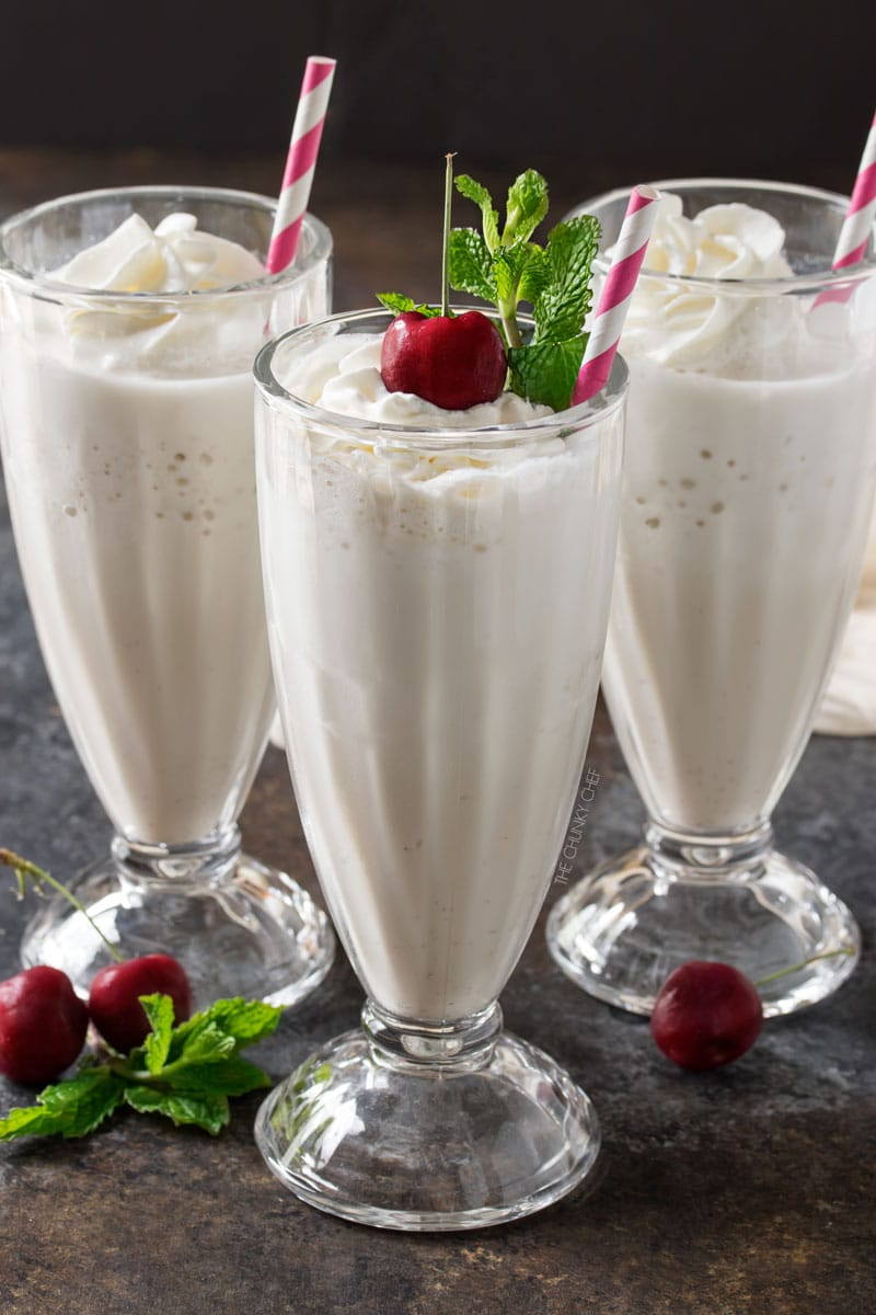Skinny Vanilla Protein Milkshake | This vanilla protein milkshake has less than 200 calories, is low carb, low sugar, and high in protein... yet it tastes like a decadent vanilla shake! | http://thechunkychef.com