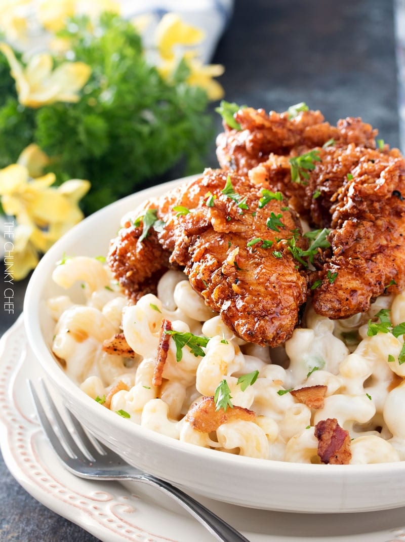 Applebee's 4 Cheese Mac and Cheese with Honey Pepper Chicken | Even better than the restaurant version, this creamy 4 cheese mac and cheese is topped with a sweet and sticky honey pepper chicken | http://thechunkychef.com