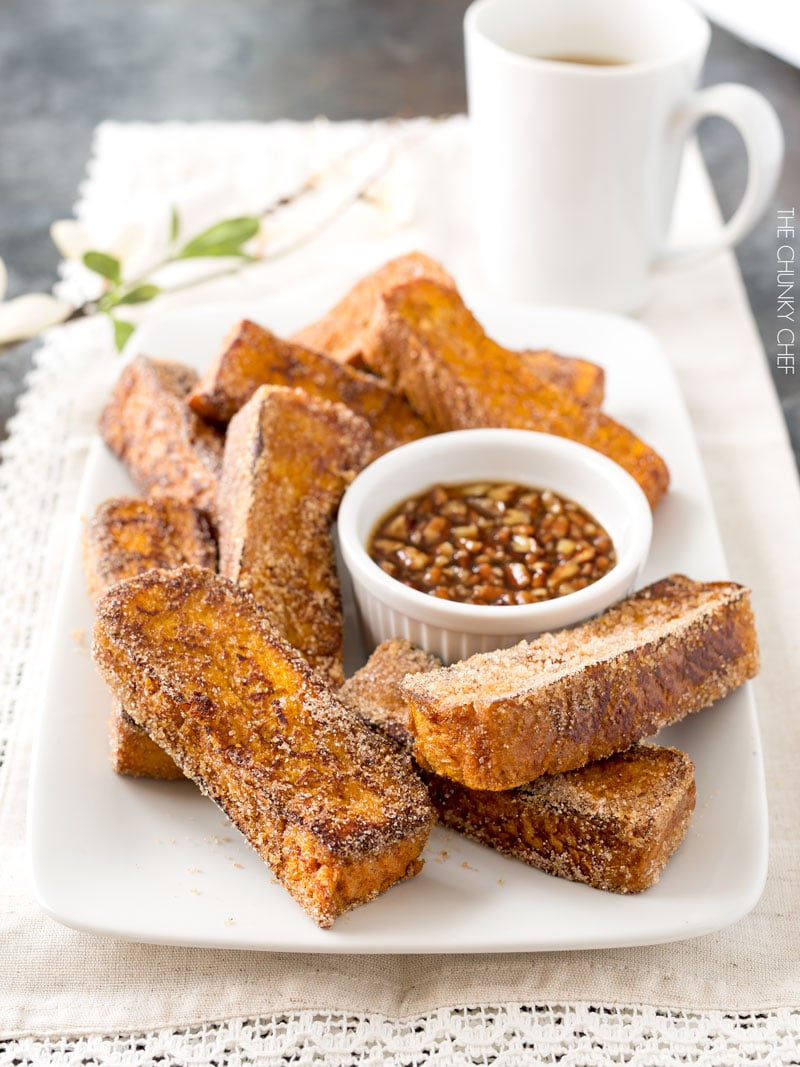 Pumpkin French Toast Sticks | French toast sticks are a fun, fork-free way to enjoy a classic breakfast treat, with a great pumpkin flavor! | http://thechunkychef.com