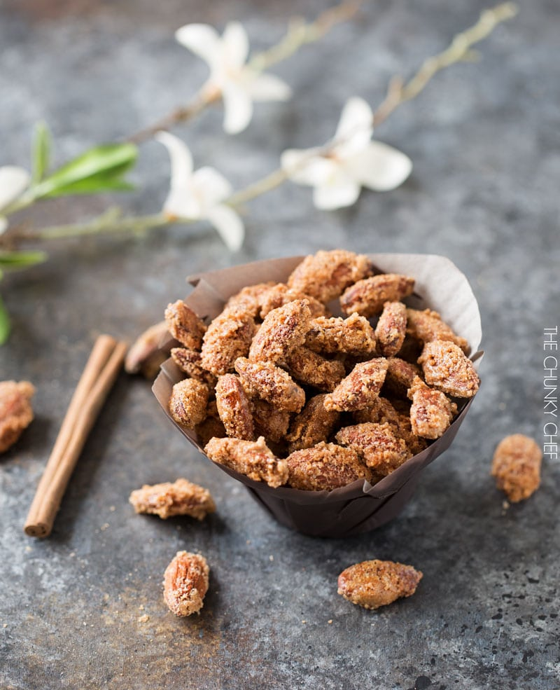 Vanilla Cinnamon Candied Almonds - The Chunky Chef