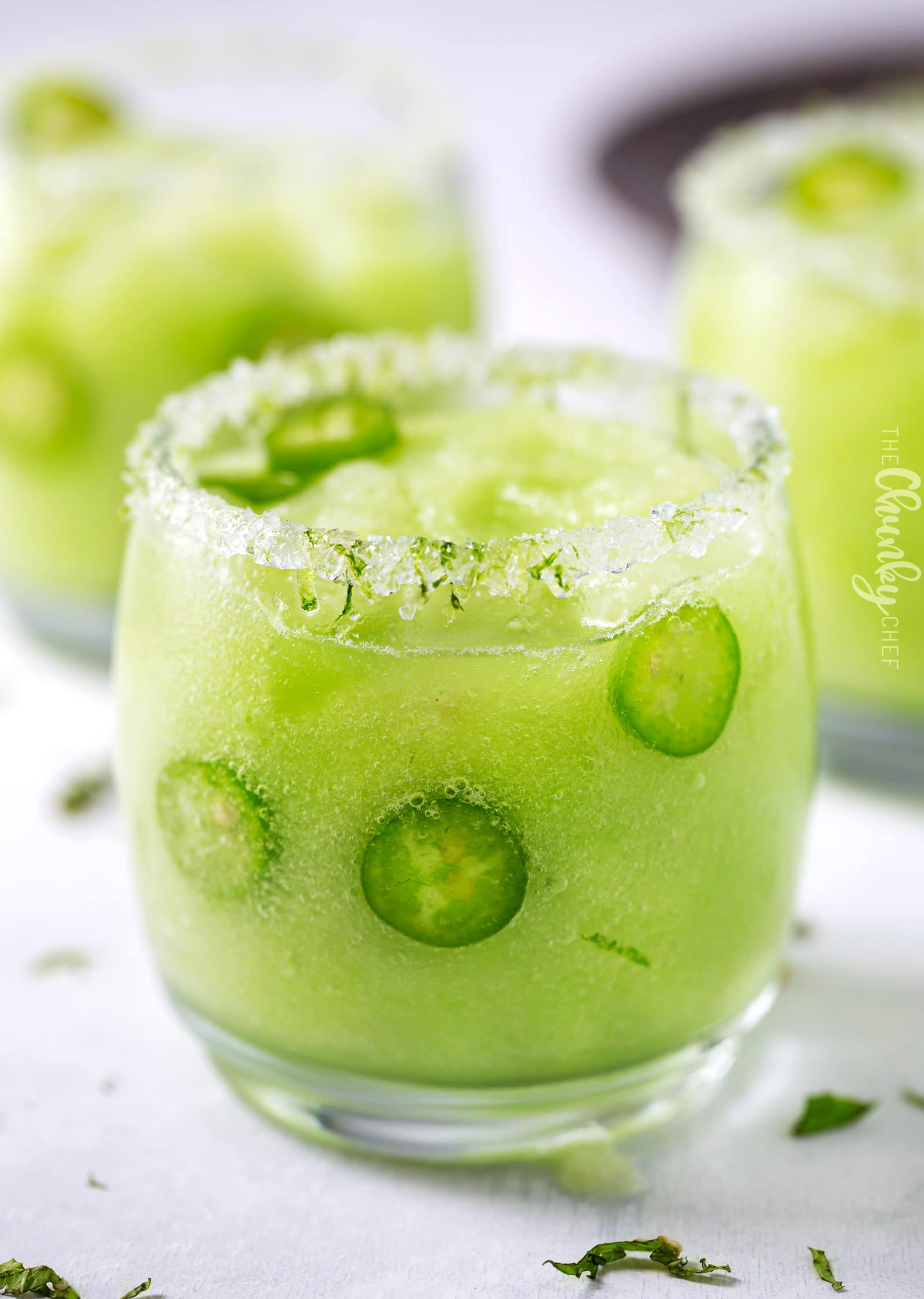 Frozen Honeydew Jalapeno Margarita   Jalapeno infused tequila is blended with fresh honeydew melon and ice to make a beautiful and refreshing summer margarita cocktail!   http://thechunkychef.com