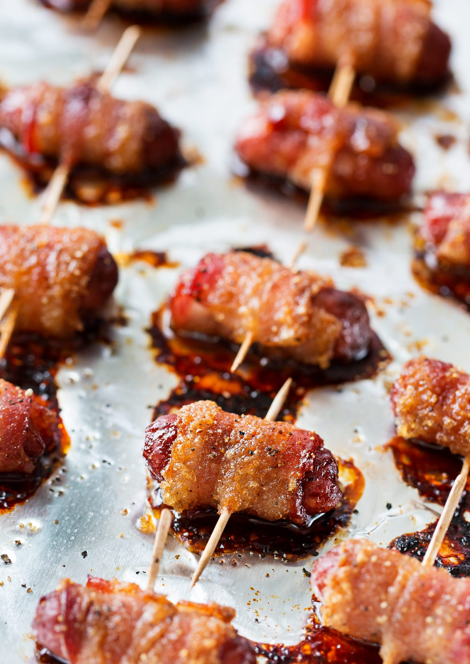 Spicy brown sugar bacon wrapped little smokies the chunky chef spicy brown sugar bacon wrapped little smokies mouthwatering and incredibly simple to make fandeluxe PDF