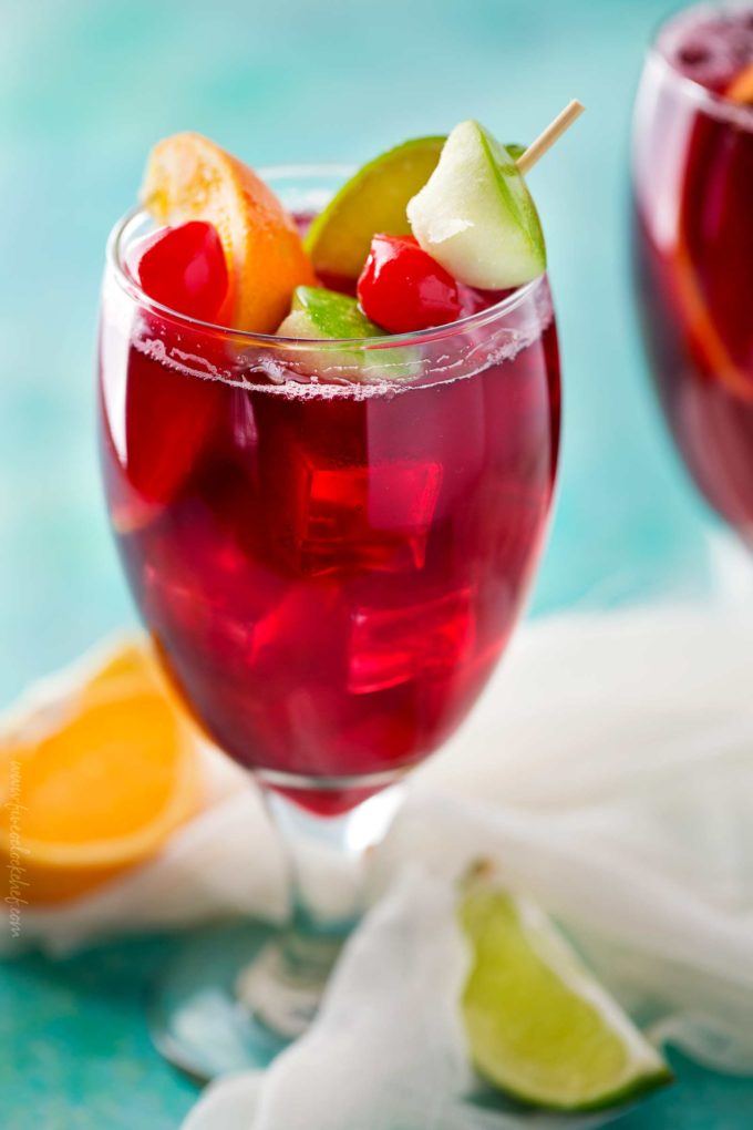 Applebee's red apple sangria copycat cocktail recipe