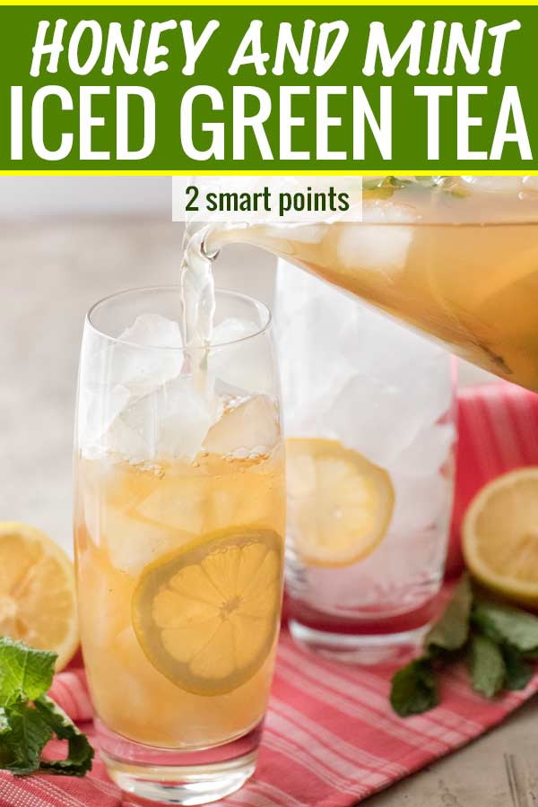 Perfect for summer, this iced green tea is lightly sweetened with honey and flavored with mint.  It's the ultimate iced tea drink! #greentea #icedgreentea #summer #spring #weightwatchers #freestylesmartpoints #healthydrink