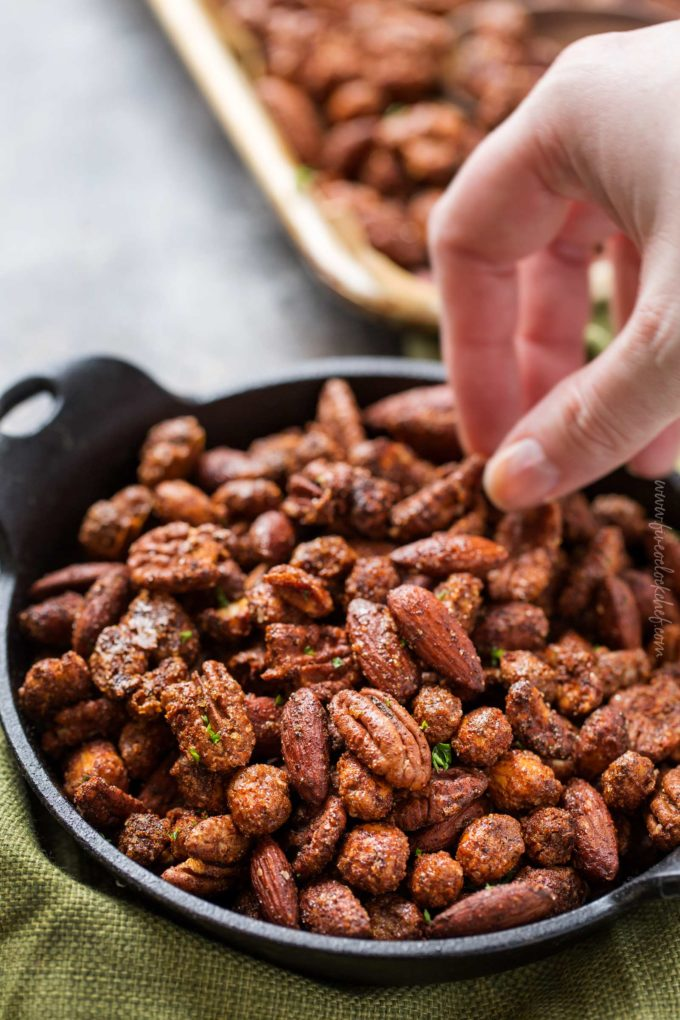 Spiced mixed nuts in serving dish
