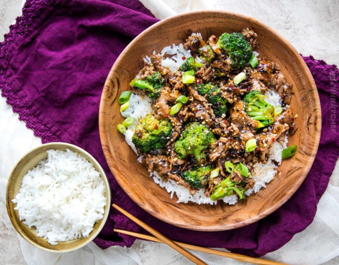 Perfect Chinese takeout-style Beef and Broccoli stir fry, made in about 30 minutes, right in your own kitchen! #beefandbroccoli #Chinese #takeout #stirfry #easyrecipe #easydinner #beef #broccoli #chineserecipe #takeout #simpledinner