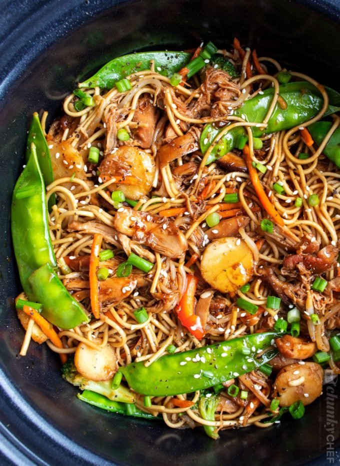 Chicken lo mein in crockpot