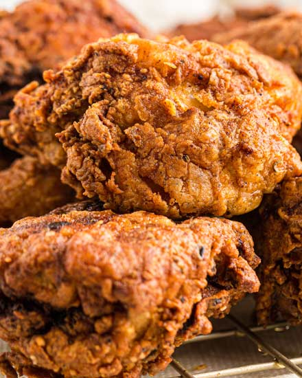 This Classic Buttermilk Fried Chicken recipe is incredibly flavorful and juicy, from a hot sauce/buttermilk marinade and a seasoned flour dredge.  Soon to be your family's new favorite chicken recipe! #chicken #fried #buttermilk #friedchicken #southern #chickenrecipes #dinner