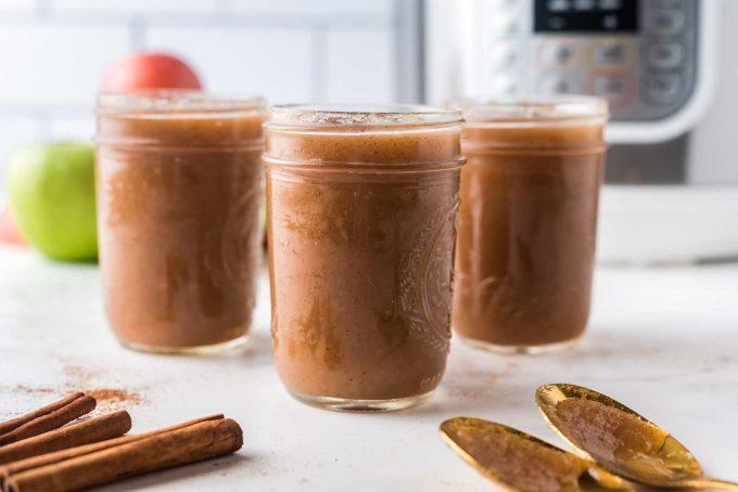 3 jars of homemade applesauce