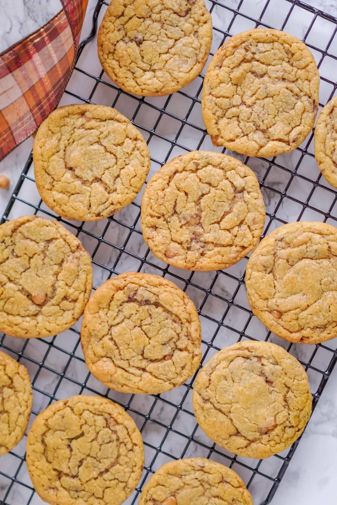 toffee cookies on cooling rack
