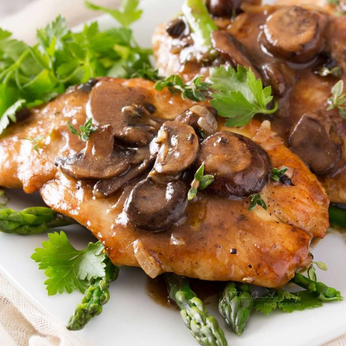 chicken marsala with asparagus