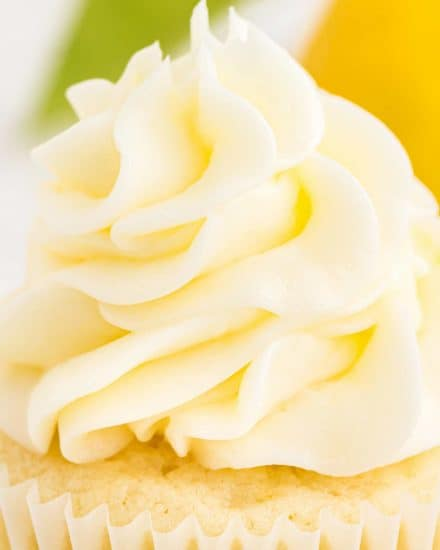 This simple lemon buttercream frosting recipe is silky and light, and bursting with fresh lemon flavors! Perfect for piping onto cupcakes, or spreading onto cakes, cookies, bars, and more! #buttercream #frosting #lemon #icing #dessert #baking