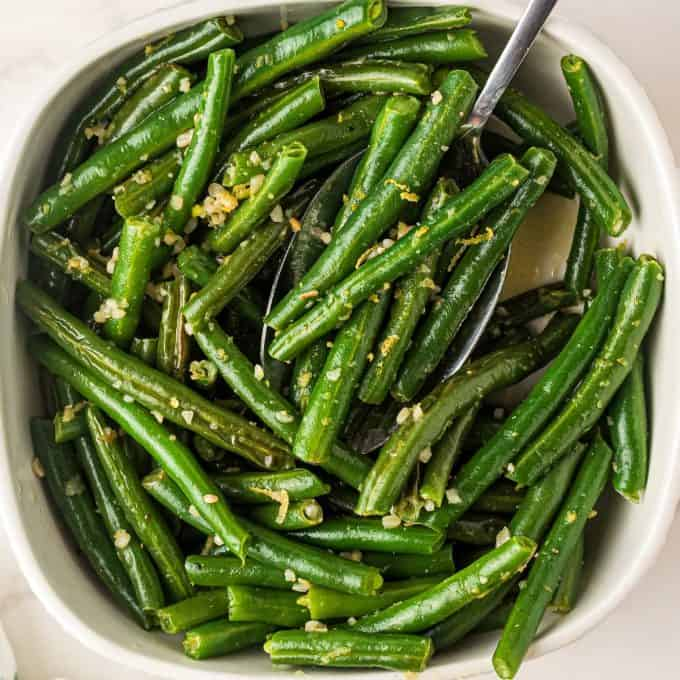 skillet green beans in serving dish