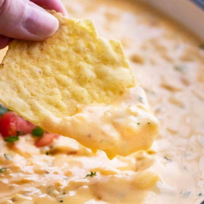 skillet queso dip