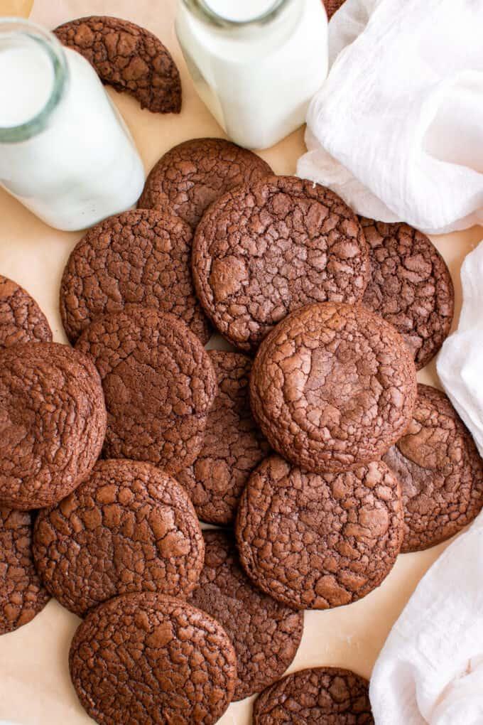 brownie cookies with milk